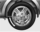 changing_tyre1